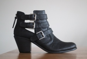 G by Guess Gavin Bootie